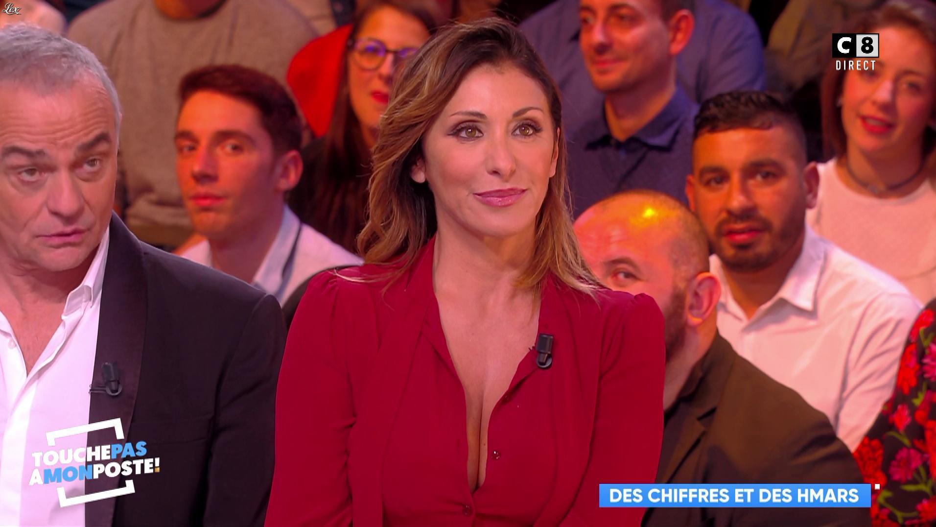 Sabrina Salerno dans Touche pas à mon Poste. Diffusé à la télévision le 13/11/17.