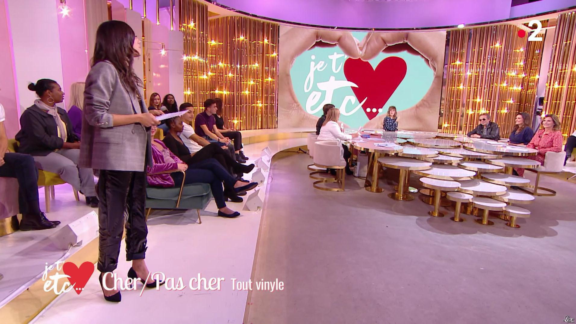Janane Boudili dans Je t'aime, etc.. Diffusé à la télévision le 22/10/18.