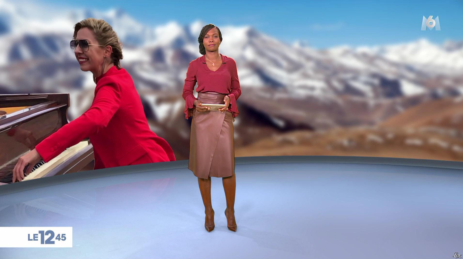 Kareen Guiock dans le 12-45. Diffusé à la télévision le 08/01/19.
