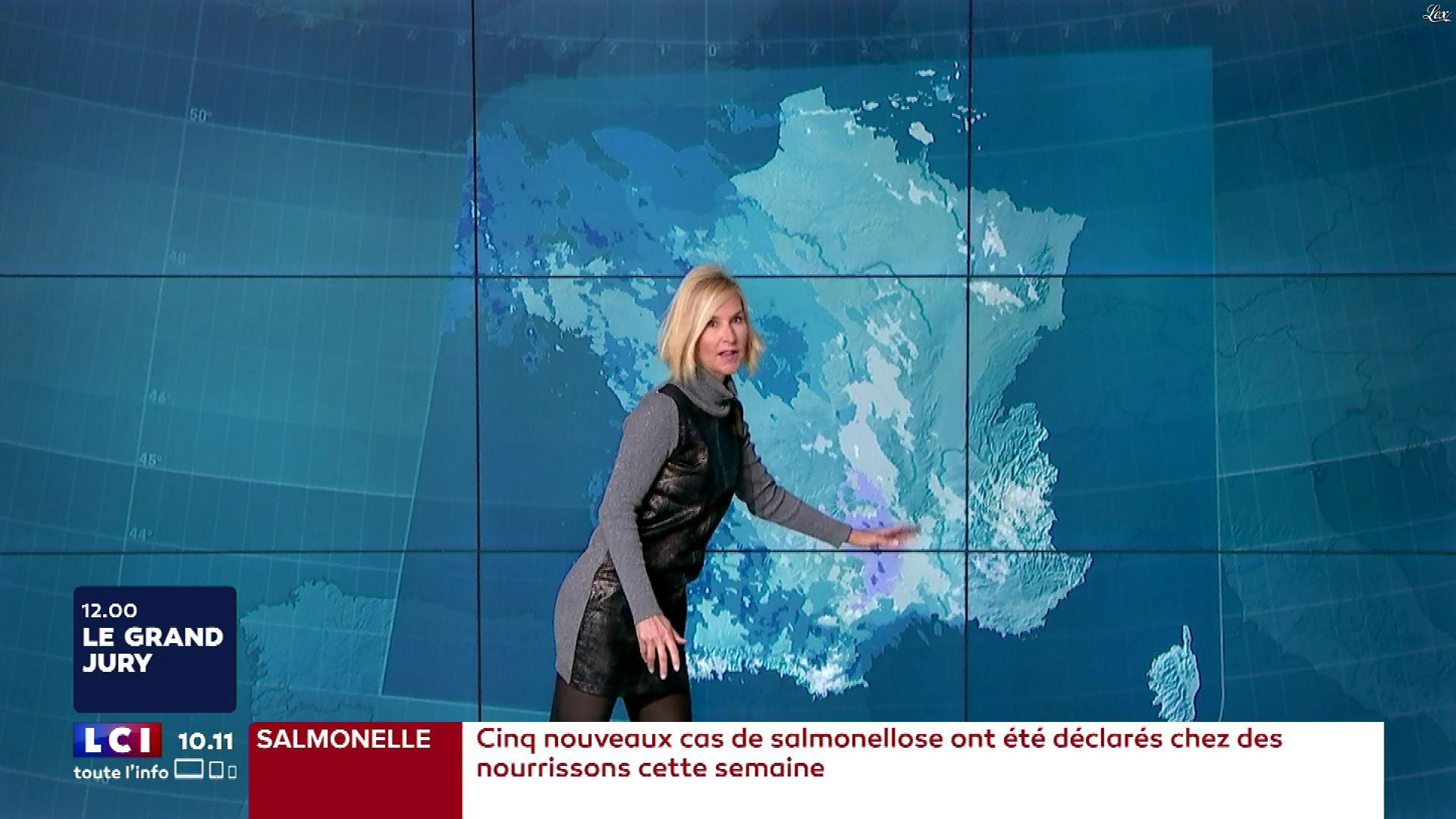 Karine Fauvet à la Météo. Diffusé à la télévision le 10/12/17.