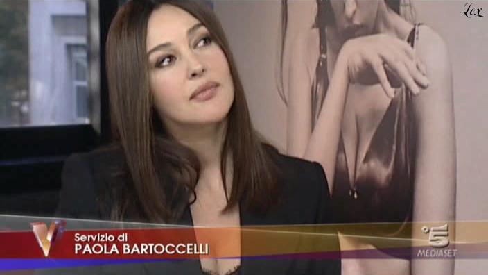 MoniÇa Bellucci dans Verissimo. Diffusé à la télévision le 13/11/10.