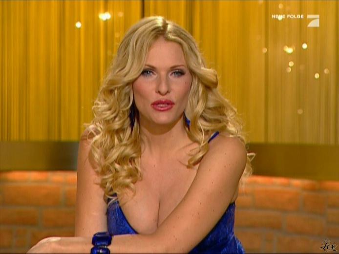 Sonya Kraus dans Talk Talk Talk. Diffusé à la télévision le 20/11/10.