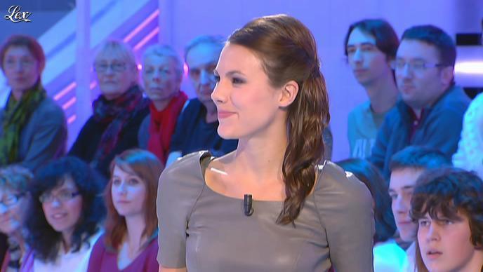 Emilie Besse dans la Nouvelle Edition. Diffusé à la télévision le 05/01/12.