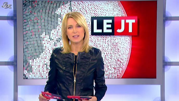 Florence Dauchez dans le JT de Canal Plus. Diffusé à la télévision le 16/01/12.