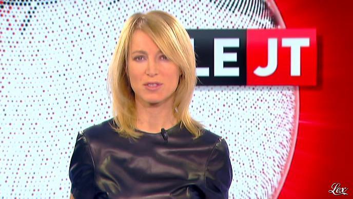 Florence Dauchez dans le JT de Canal Plus. Diffusé à la télévision le 31/01/12.