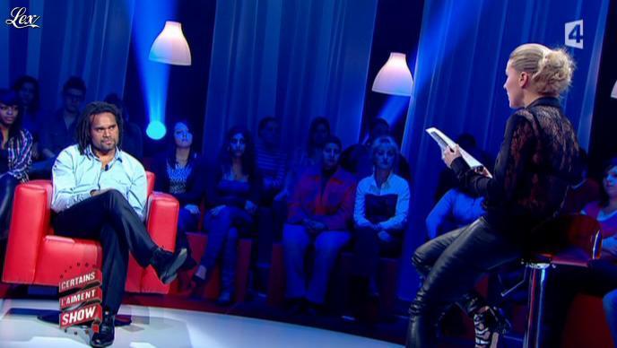 Stéphanie Renouvin dans Certains l'Aiment Show. Diffusé à la télévision le 15/03/11.