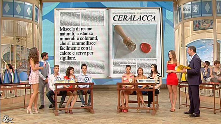 Laura Barriales et Arianna Rendina dans Mezzogiorno in Famiglia. Diffusé à la télévision le 12/05/13.