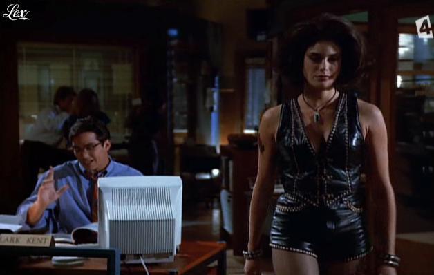 Teri Hatcher dans Lois Et Clark. Diffusé à la télévision le 22/05/13.