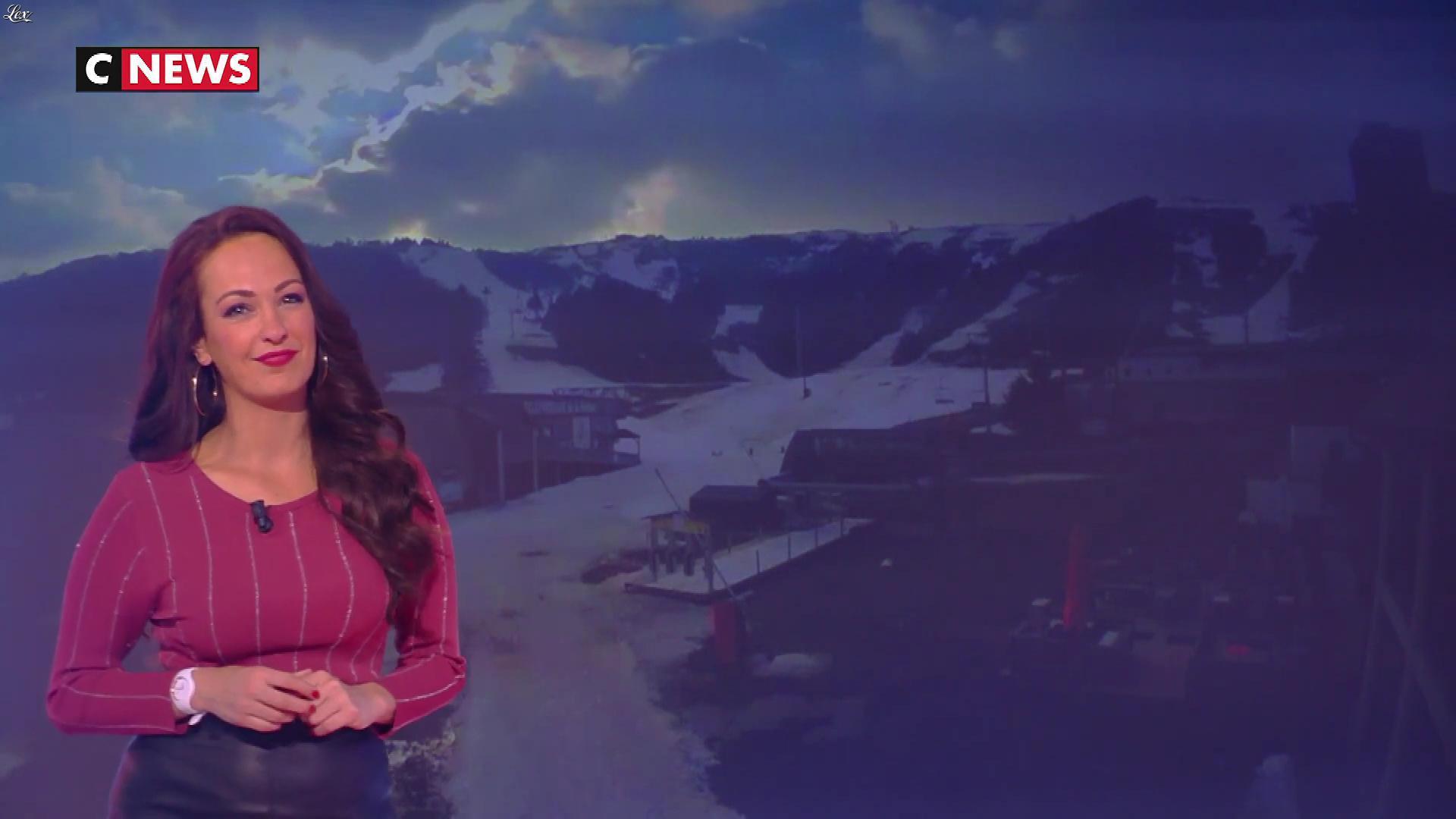 Alexandra Blanc à la Météo. Diffusé à la télévision le 12/04/19.