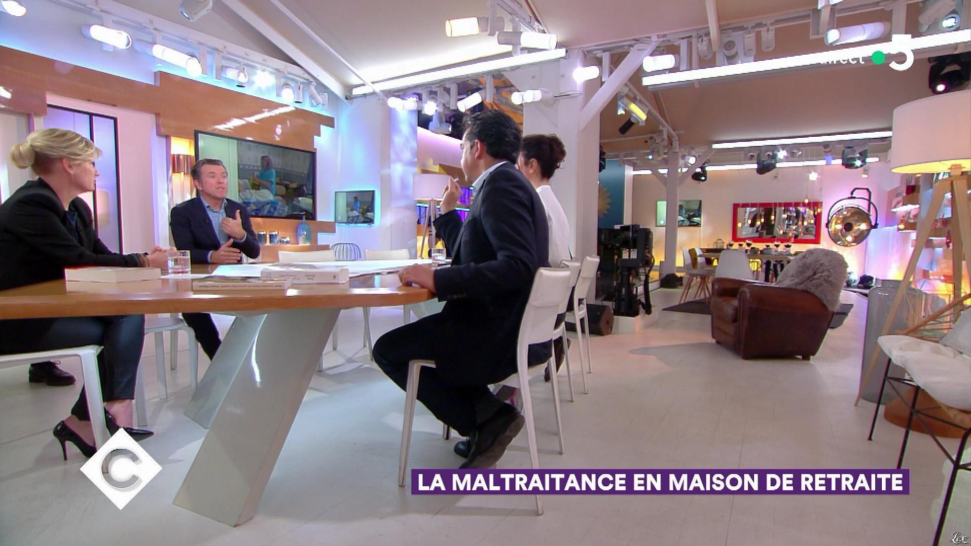 Anne-Elisabeth Lemoine dans C à Vous. Diffusé à la télévision le 27/02/19.
