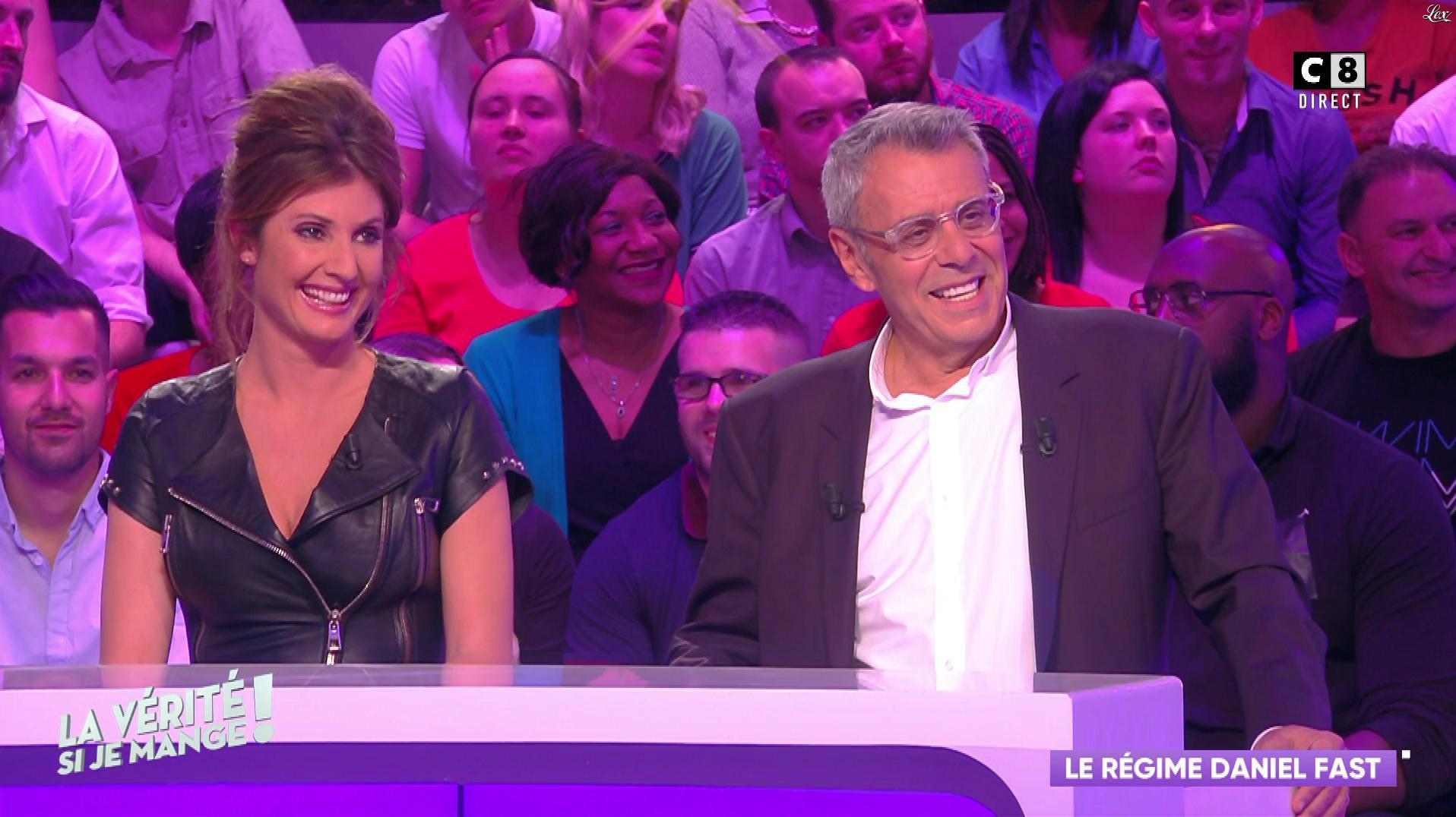 Caroline Ithurbide dans la Verite Si Je Mange. Diffusé à la télévision le 18/04/19.
