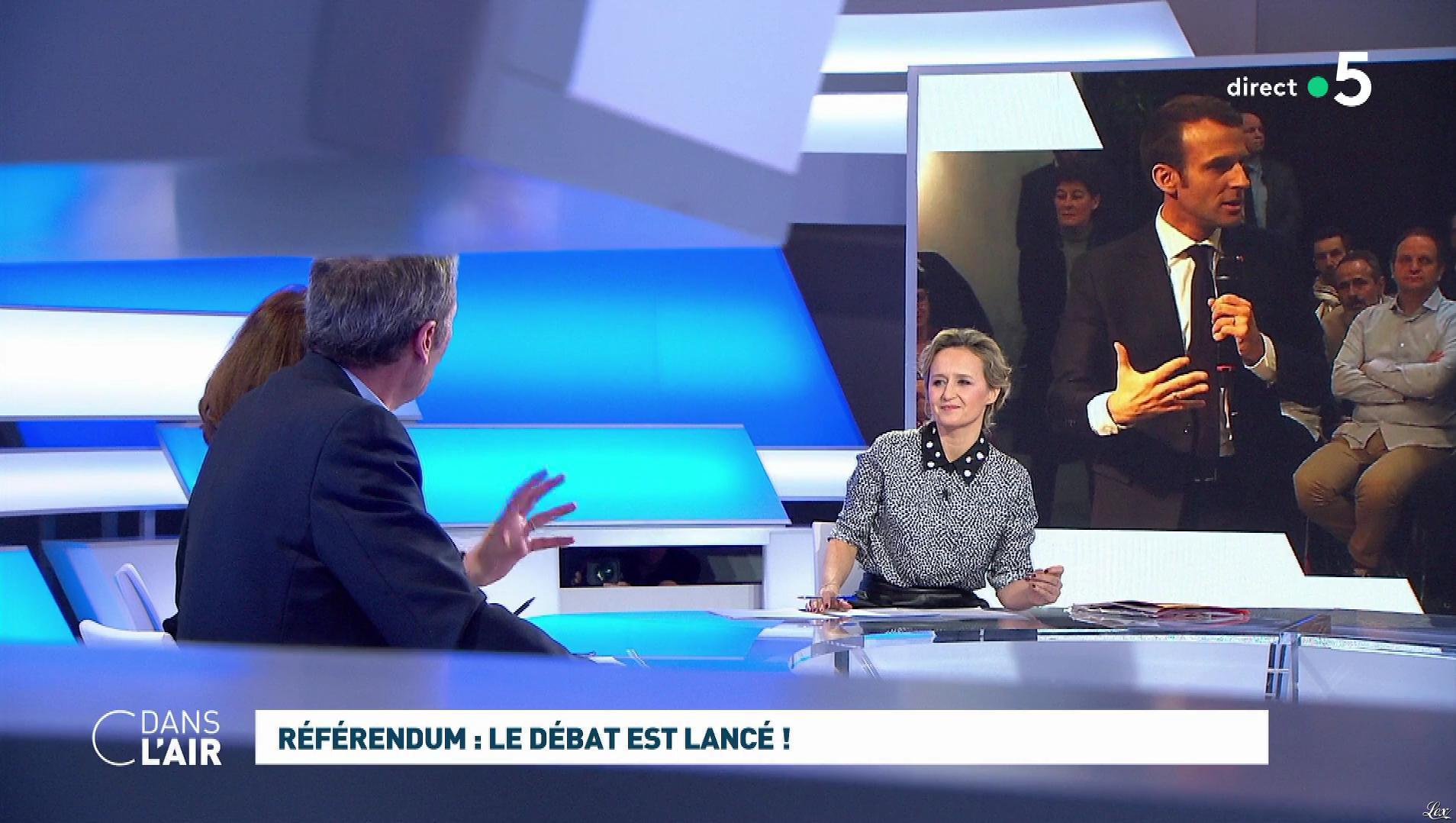 Caroline Roux dans C dans l'Air. Diffusé à la télévision le 04/02/19.