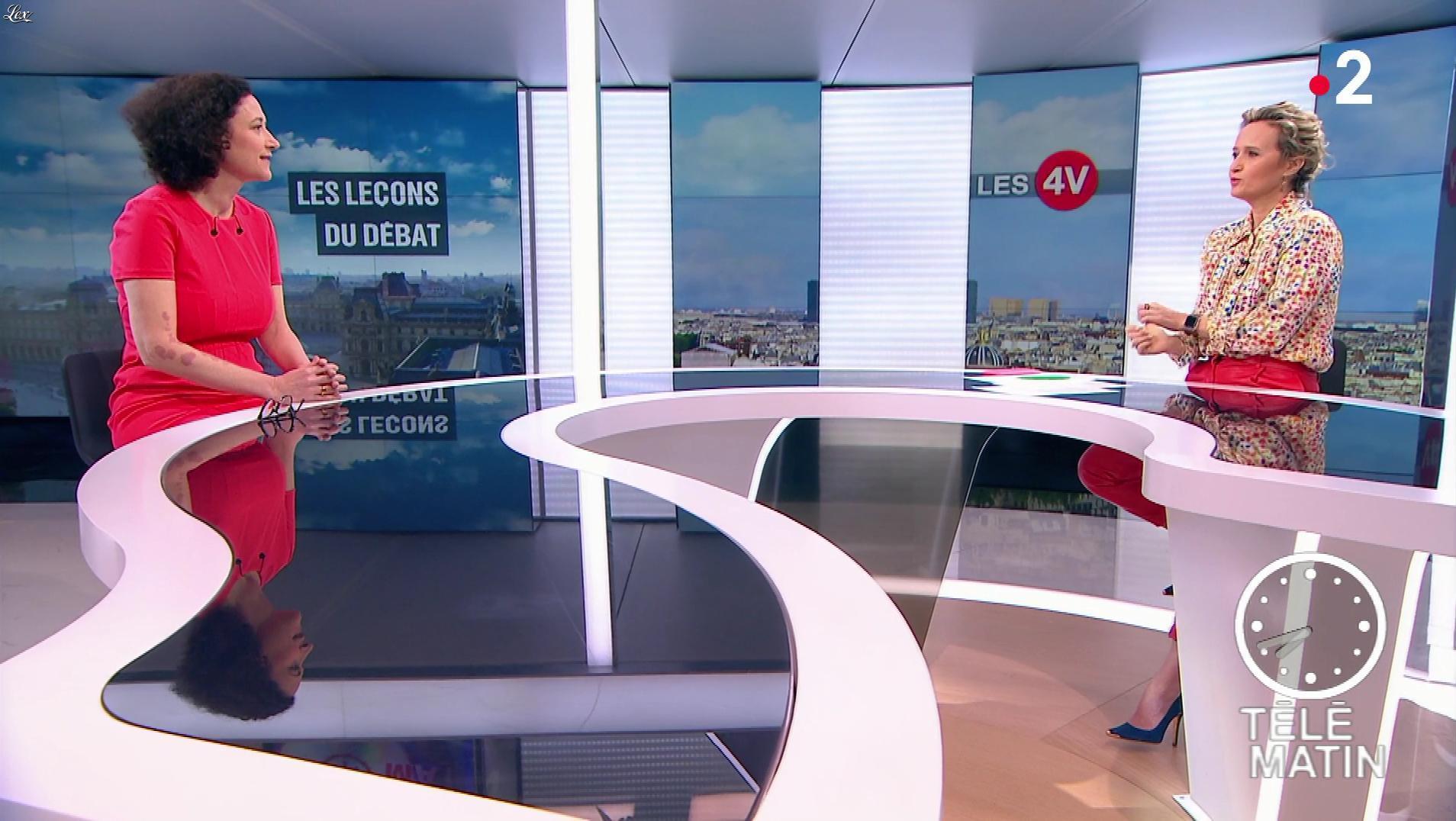 Caroline Roux dans les 4 Vérités. Diffusé à la télévision le 08/04/19.