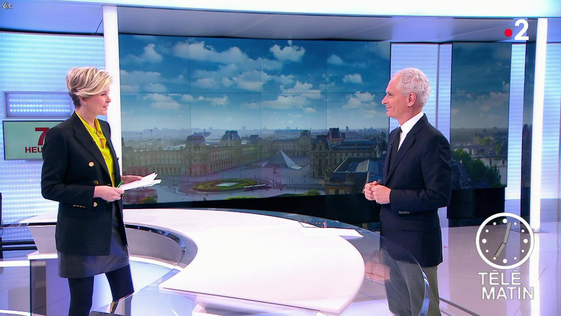 Estelle Colin dans Télématin. Diffusé à la télévision le 08/04/19.