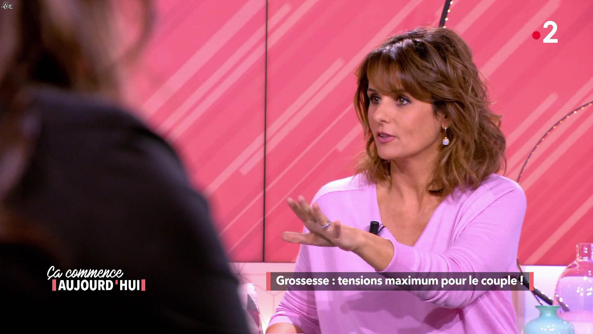 Faustine Bollaert dans Ça Commence Aujourd'hui. Diffusé à la télévision le 26/02/19.