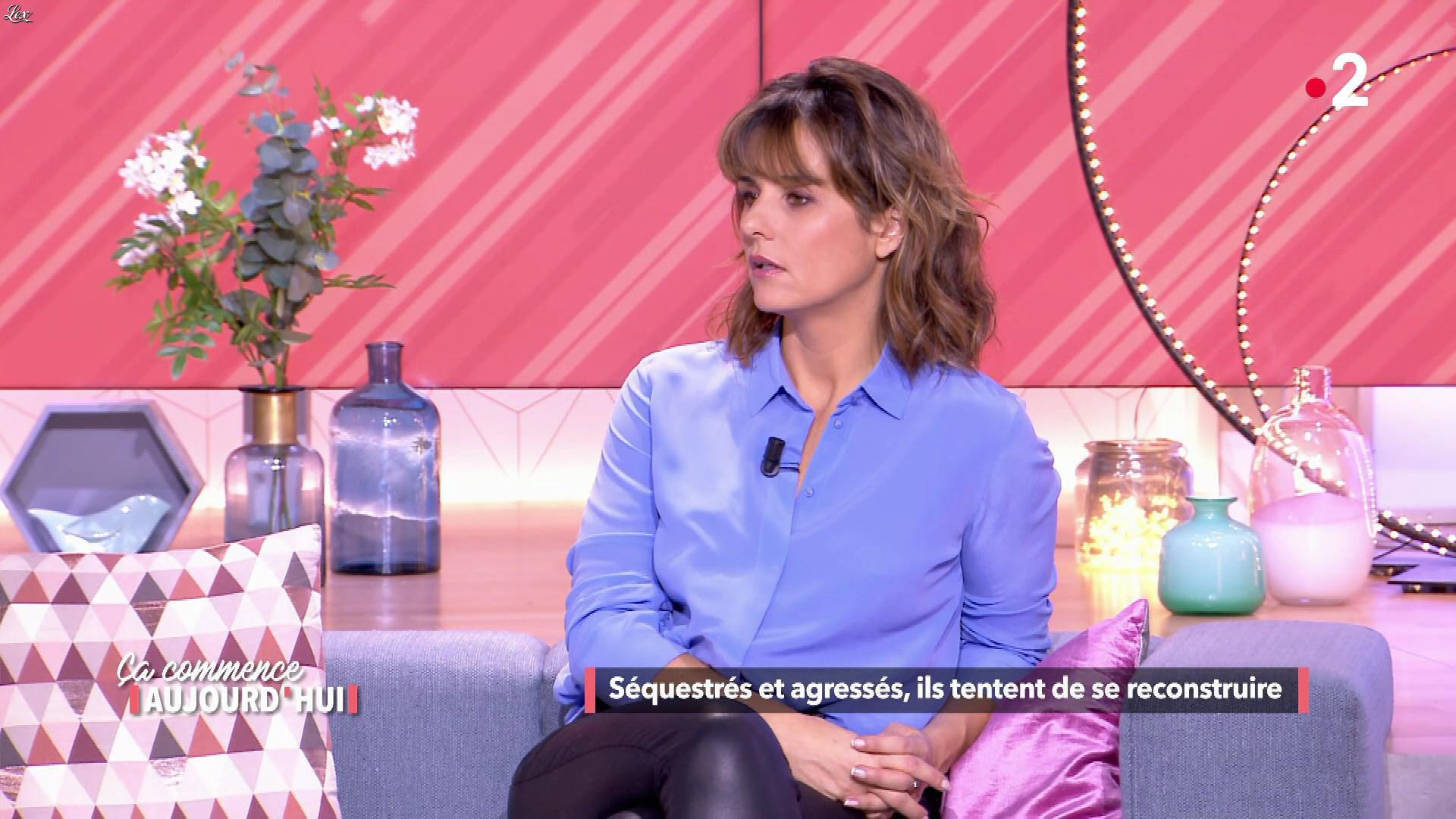 Faustine Bollaert dans Ça Commence Aujourd'hui. Diffusé à la télévision le 31/01/19.