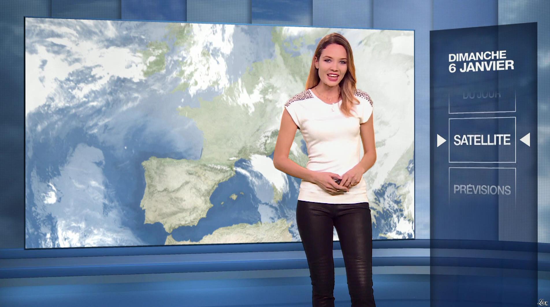 Gennifer Demey à la Météo du Soir. Diffusé à la télévision le 06/01/19.