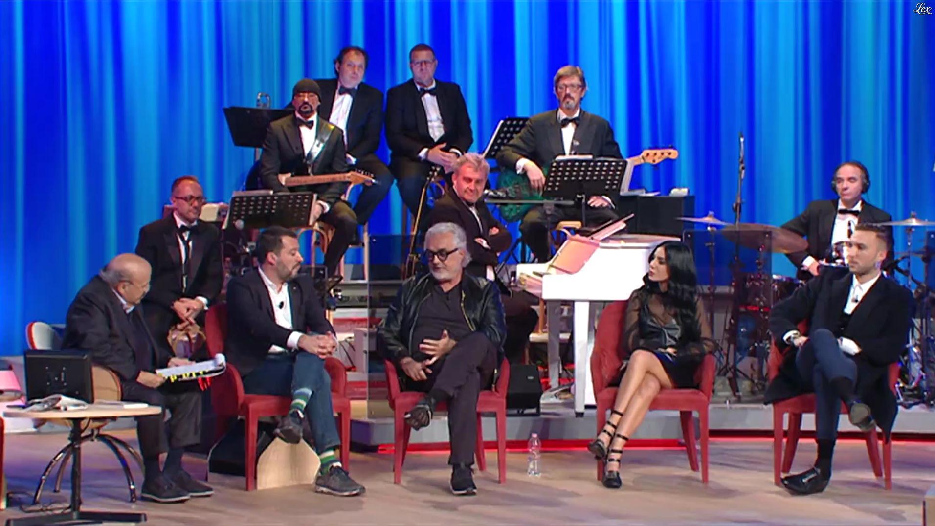 Giulia de Lellis dans le Maurizio Costanzo Show. Diffusé à la télévision le 13/11/19.