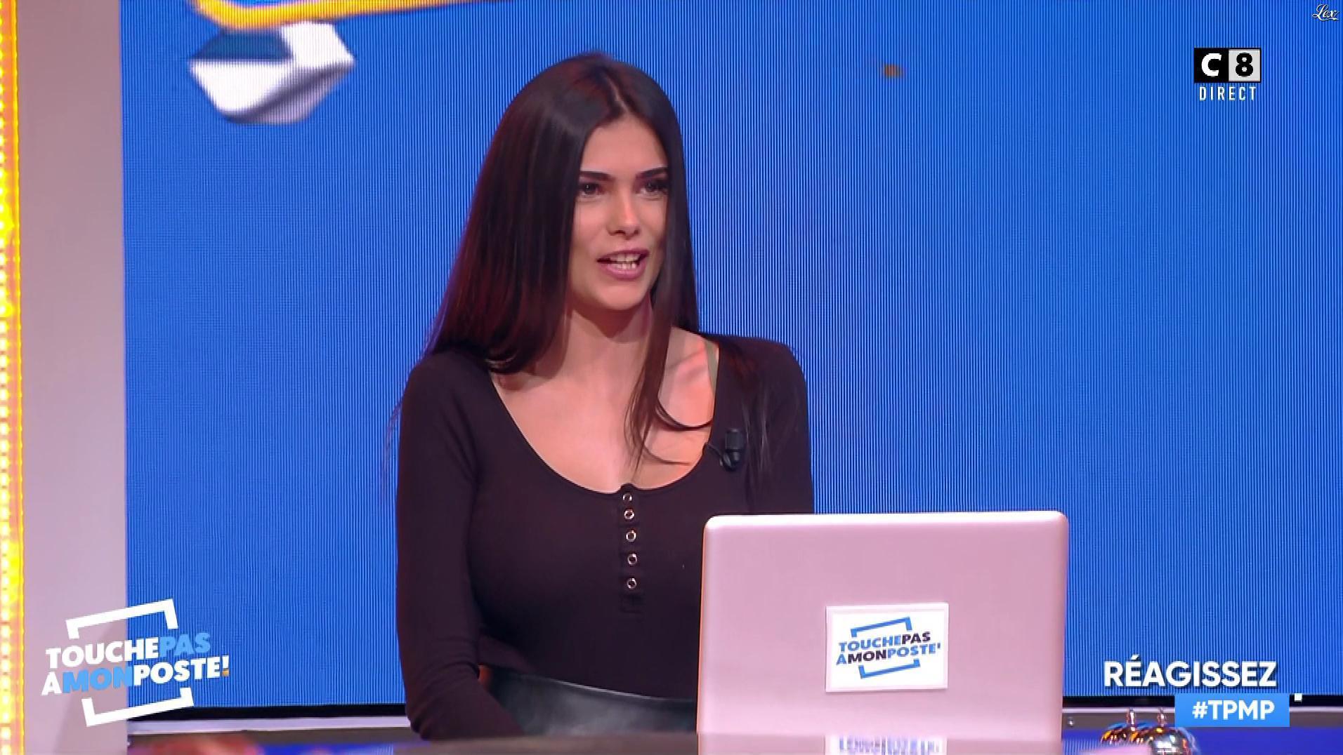 Ratiba dans Touche pas à mon Poste. Diffusé à la télévision le 05/02/19.