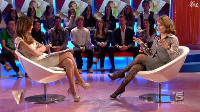 Silvia Toffanin dans Verissimo. Diffusé à la télévision le 12/02/11.