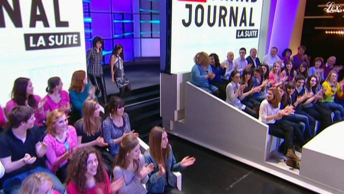 Val rie bonneton dans le grand journal de canal plus 28 01 11 1 - Le journal de la tele ...