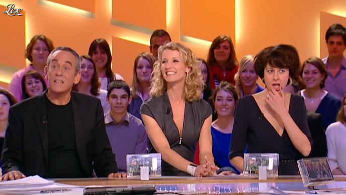 Alexandra Lamy dans le Grand Journal de Canal Plus. Diffusé à la télévision le 13/03/12.