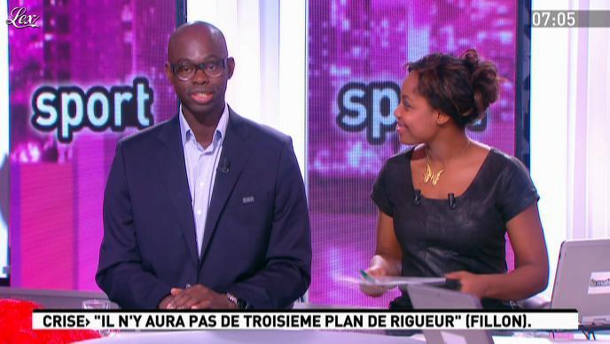 Elé Asu dans la Matinale. Diffusé à la télévision le 07/12/11.