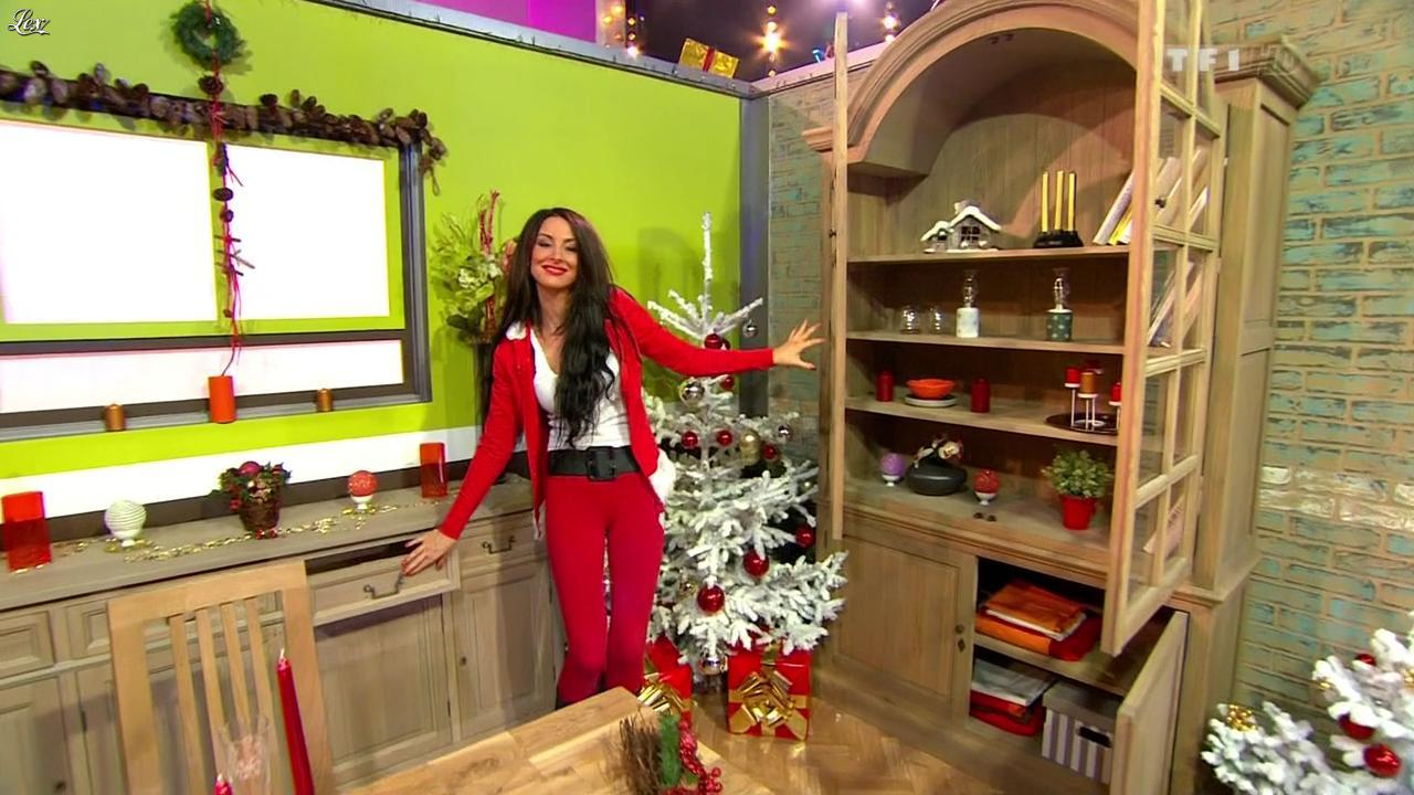 Fanny Veyrac dans le Juste Prix. Diffusé à la télévision le 21/12/11.