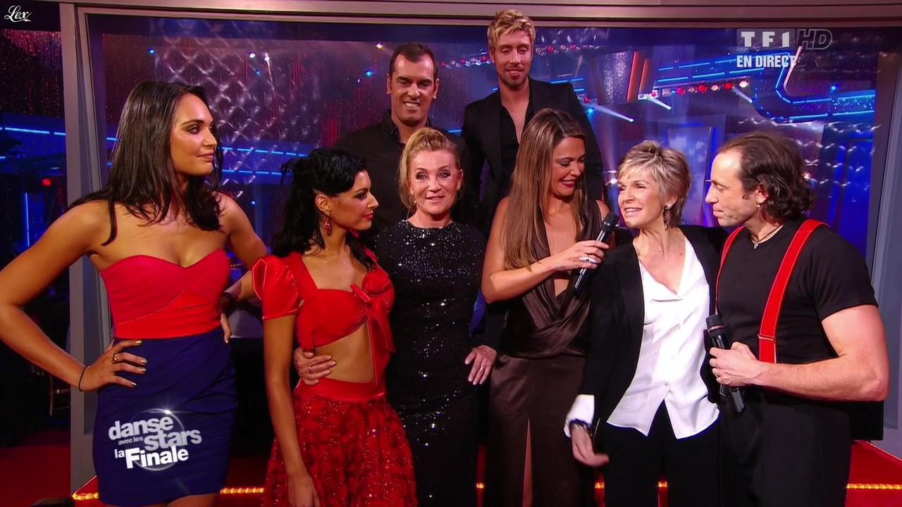 Sandrine Quétier et Valérie Bègue dans Danse Avec les Stars. Diffusé à la télévision le 19/11/11.
