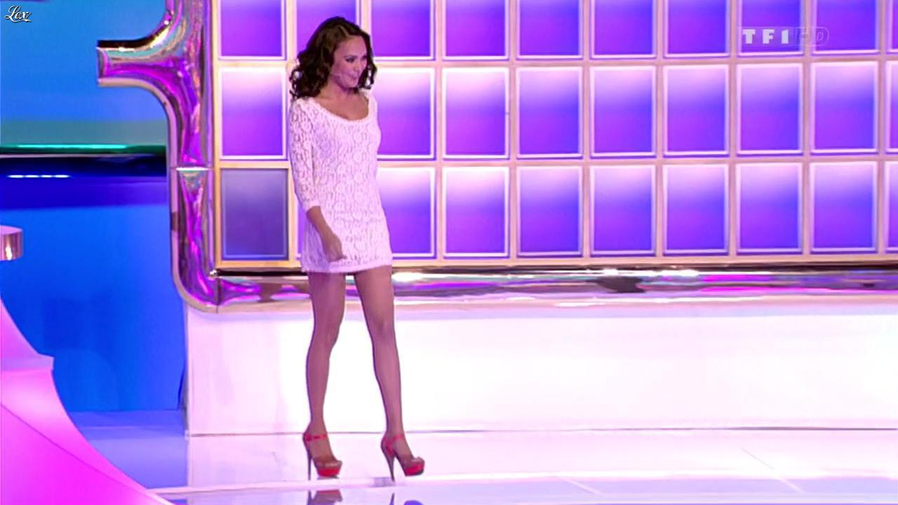 Valérie Bègue dans la Roue de la Fortune. Diffusé à la télévision le 01/03/12.