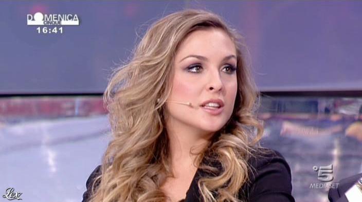 AngeliÇa Livraghi dans DomeniÇa 5. Diffusé à la télévision le 17/04/11.