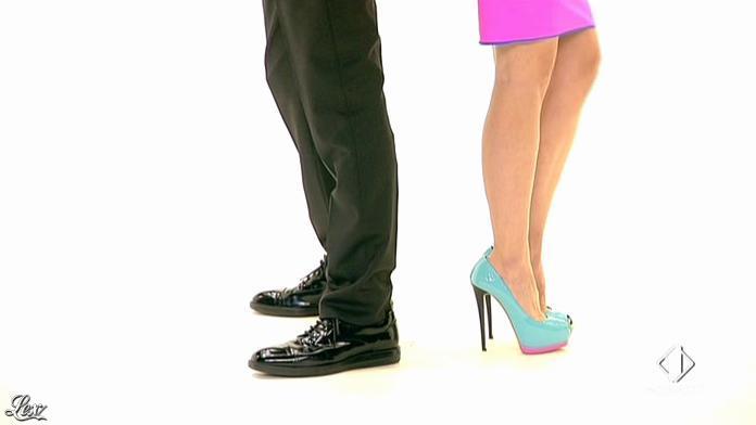 Ilary Blasi dans le Iene. Diffusé à la télévision le 12/04/13.