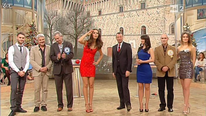 Laura Barriales, Arianna Rendina et Lorena Bianchetti dans Mezzogiorno in Famiglia. Diffusé à la télévision le 30/12/12.