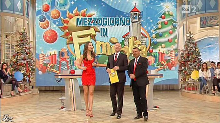 Laura Barriales dans Mezzogiorno in Famiglia. Diffusé à la télévision le 30/12/12.