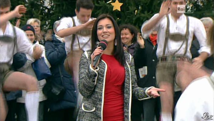 Roberta Gangeri dans Mezzogiorno in Famiglia. Diffusé à la télévision le 02/12/12.