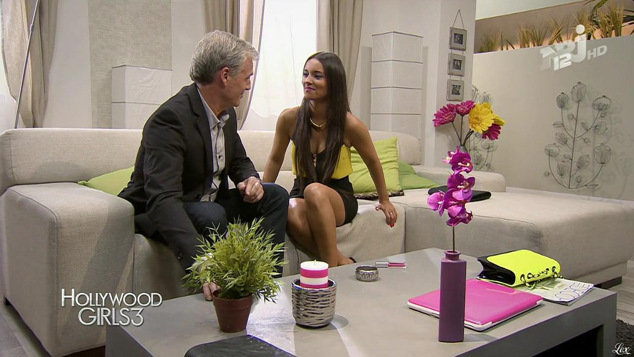 Laura Coll dans Hollywood Girls. Diffusé à la télévision le 03/01/14.