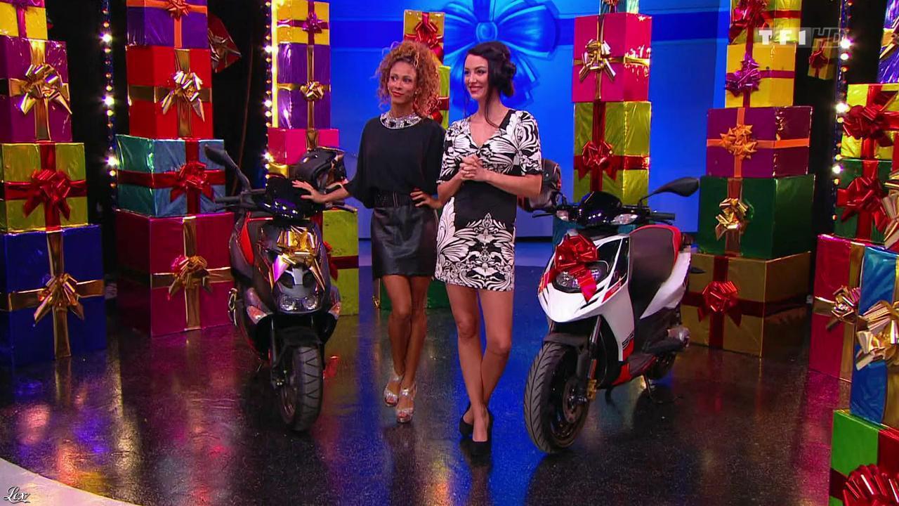 Les Gafettes, Fanny Veyrac et Doris Rouesne dans le Juste Prix. Diffusé à la télévision le 17/12/13.
