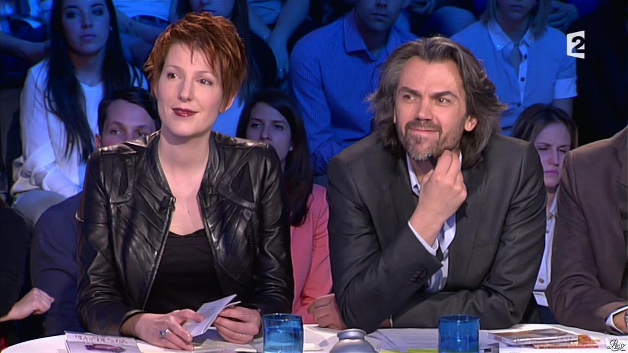 Natacha Polony dans On n'est pas Couché. Diffusé à la télévision le 22/03/14.