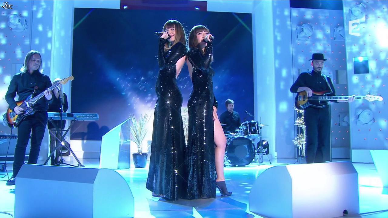Brigitte dans Vivement Dimanche. Diffusé à la télévision le 22/03/15.
