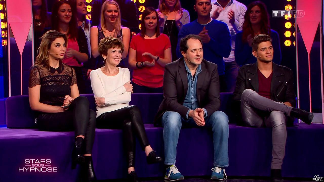 Catherine Laborde et Ariane Brodier dans Stars Sous Hypnose. Diffusé à la télévision le 27/02/15.