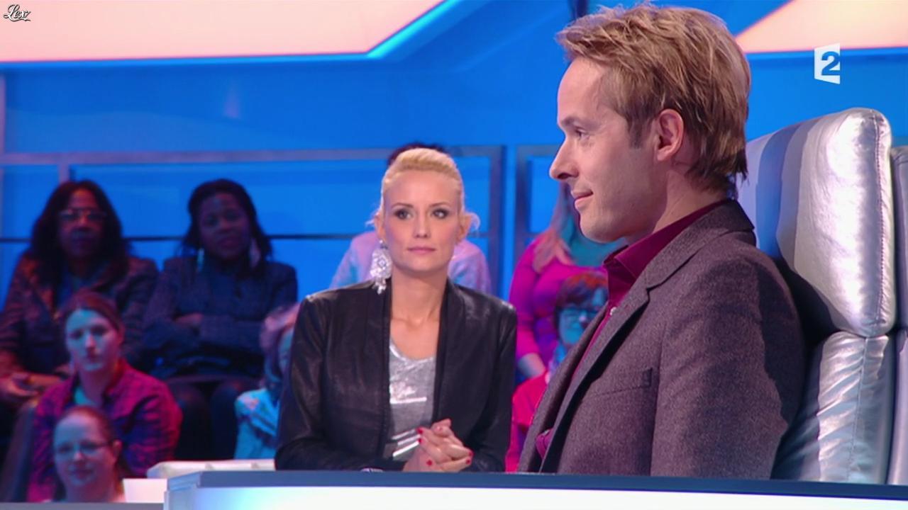 Elodie Gossuin dans Pyramide. Diffusé à la télévision le 21/02/15.
