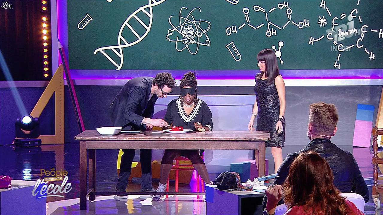 Erika Moulet dans les People Retournent à l'Ecole. Diffusé à la télévision le 19/03/15.