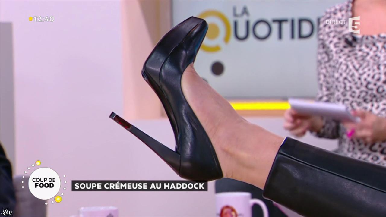 Valérie Durier dans la Quotidienne. Diffusé à la télévision le 22/01/15.