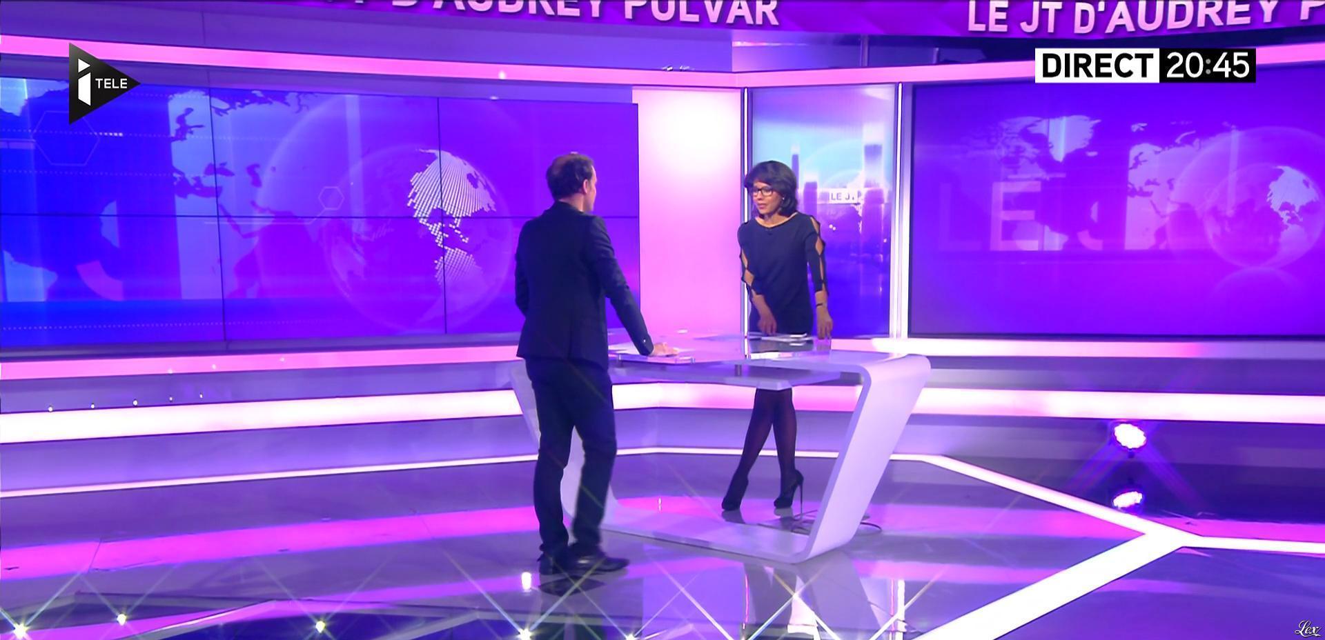 Audrey Pulvar dans le JT. Diffusé à la télévision le 11/04/16.