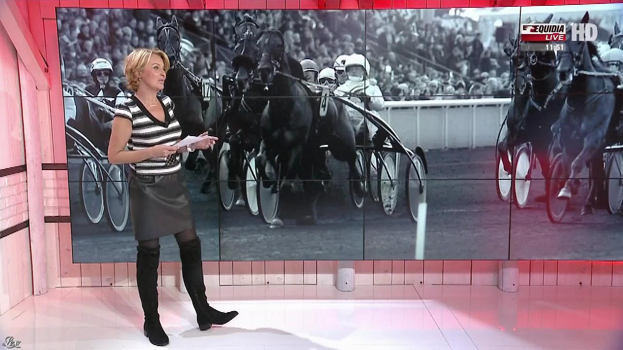 Laure Legrand dans un Jour aux Courses. Diffusé à la télévision le 27/10/17.