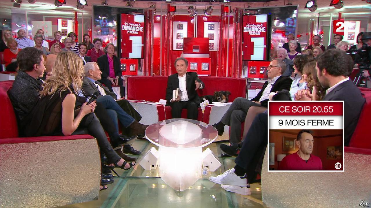 Véronic Dicaire dans Vivement Dimanche Prochain. Diffusé à la télévision le 06/03/16.