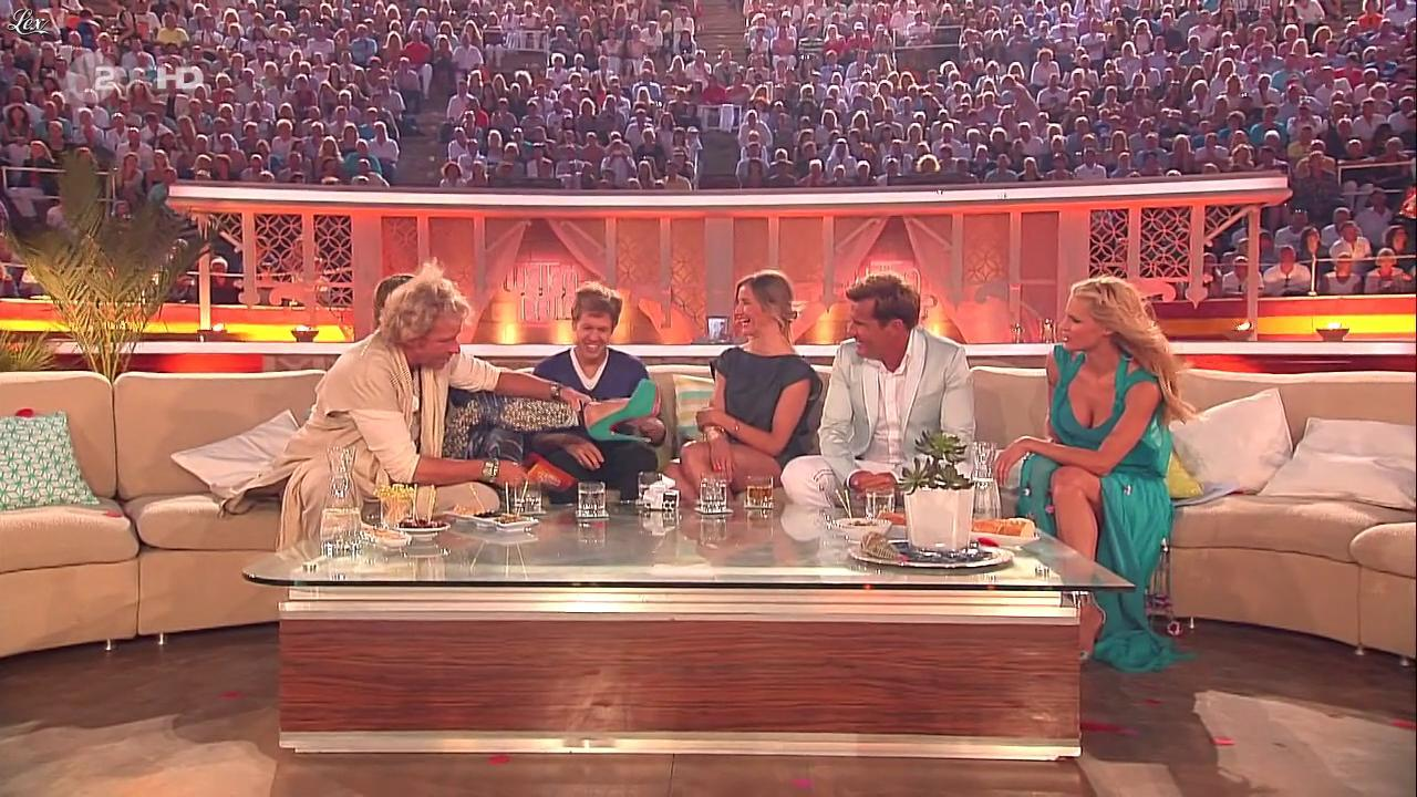 Heidi Klum, Michelle Hunziker et Cameron Diaz dans Wetten Dass. Diffusé à la télévision le 18/06/11.