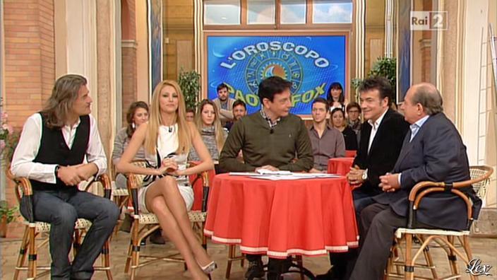 Adriana Volpe dans I Fatti Vostri. Diffusé à la télévision le 31/01/13.