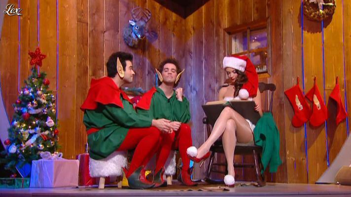 Charlotte Le Bon dans le Petit Journal. Diffusé à la télévision le 26/12/12.