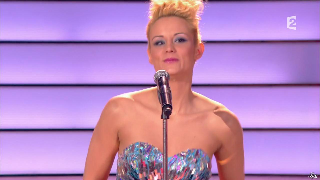 Elodie Gossuin dans Simplement Pour un Soir. Diffusé à la télévision le 30/03/13.
